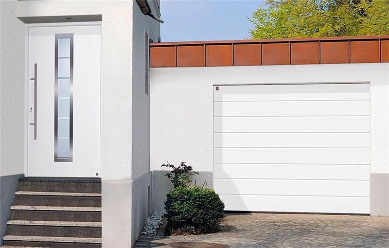 Компания «Херманн» презентовала новую модель гаражных ворот по сниженной цене