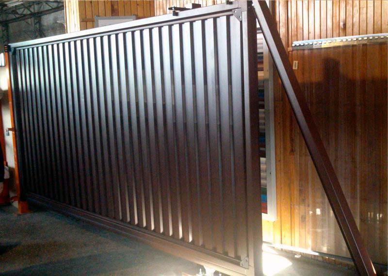 ГК DoorHan представила сдвижные ворота Revolution на выставке в Хабаровске